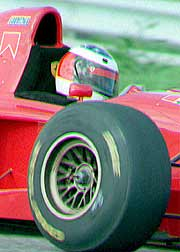 1995: estreno con el Ferrari. (Foto: EPA)