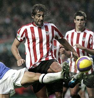 Urzaiz se convirtió en el protagonista del partido al marcar dos goles ante el Reacreativo. (Foto: EFE)