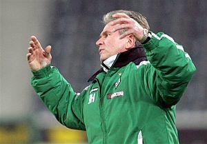 Heynckes gesticula durante un partido de la Bundesliga con el Moenchengladbach. (Foto: AP)