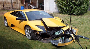 El Lamborghini Murciélago de Boonen, tras el accidente.