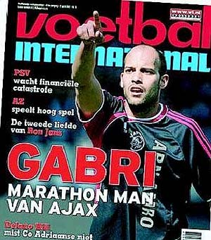 Gabri, portada en 'Voetbal International'.