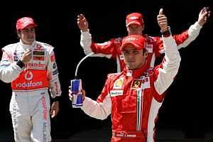 Felipe Massa y Fernando Alonso. (Foto: EFE)