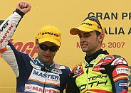Bautista y Barberá, en el podio. (Foto: AFP)