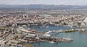 Dársena interior del puerto Copa América donde está prevista la creación de la infraestructura del circuito urbano de Valencia. (Foto: EFE)
