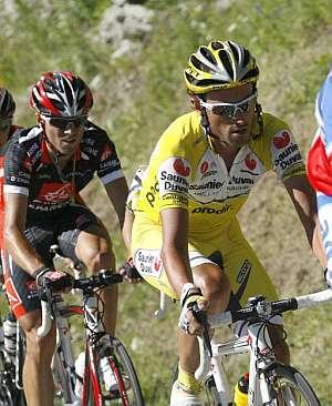 Iban Mayo, durante una etapa del Tour. (Foto: AFP)