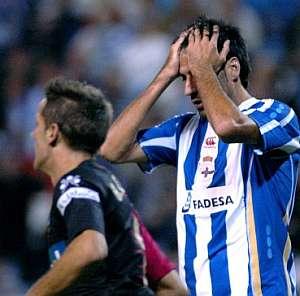 Rodríguez lamenta una ocasión fallada. (Foto: EFE)