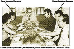 Imagen de la reunión, con Maradona y Rodríguez destacados.