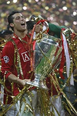 Cristiano Ronaldo celebra su triunfo en la Champions. (Foto: AFP)