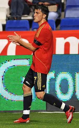 David Villa, tras marcar ante Perú. (AFP)