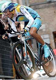 Contador, en la crono de Urbino. (AFP)