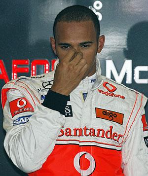 Hamilton no puede fallar en Silverstone. (Foto: REUTERS)