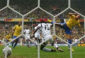 Ronaldo, tras marcar el primer gol ante Ghana. (Foto: REUTERS)