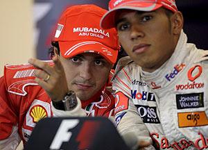Massa y Hamilton se disputan el título (Foto: EFE)