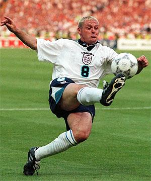 Gascoigne, con la selección inglesa en 1996. (Foto: AP)