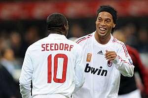 Ronaldinho rescata al Milan   Fútbol   deportes   elmundo es