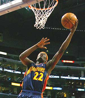 Anthony Morrow encesta ante los Clippers. (Foto: AFP)