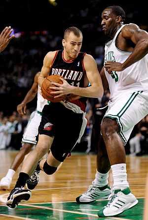 Sergio Rodríguez, en el partido ante los Celtics. (Foto:EFE)