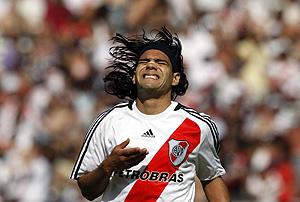 Falcao, en un partido con River. (Foto: REUTERS)