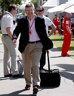 Ross Brawn, durante un Gran Premio. (Foto: AFP)