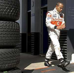 McLaren, durante los entrenamientos de Jerez. (Foto: AP)
