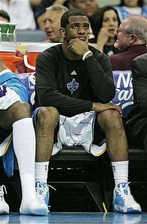 Chris Paul, durante el duelo ante los Nuggets. (Foto: AP)