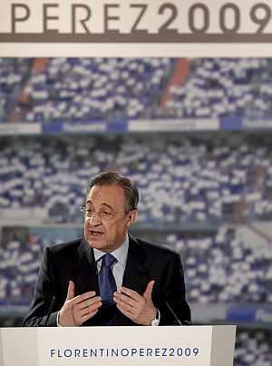 Florentino Pérez, en la presentación de su candidatura. (EFE)