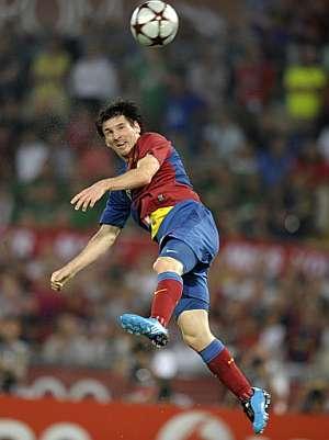 Messi, en el remate del segundo gol. (Foto: AFP)