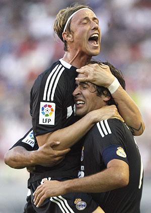 Guti, en un partido con el Madrid. (Foto: Reuters)