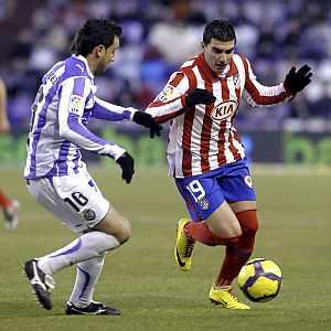 José Antonio Reyes, en un momento del partido. (EFE)