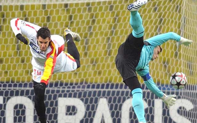 Negredo marcó el gol del Sevilla en Moscú. (AFP)