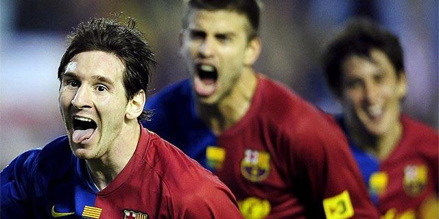 Messi, Piqué y Bojan celebran un gol en la última final de Copa. (Foto: Manu Fernández)
