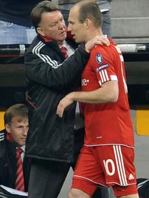 Robben protesto su sustitución. (Ap)