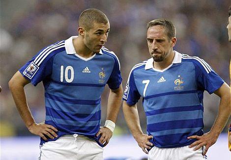 Ribéry y Benzema, en un partido de la selección francesa. | Efe