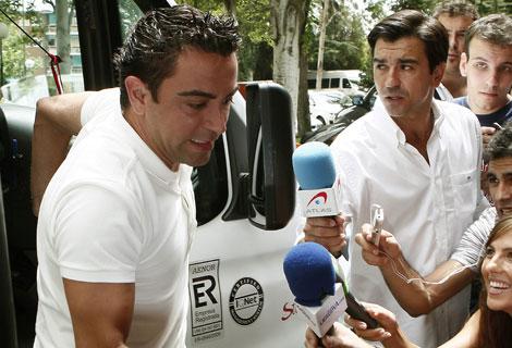 Xavi llega a la concentración con la selección española. | Efe