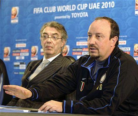 Rafa Benítez junto a Massimo Moratti, durante el Mundial de Clubes. | Afp