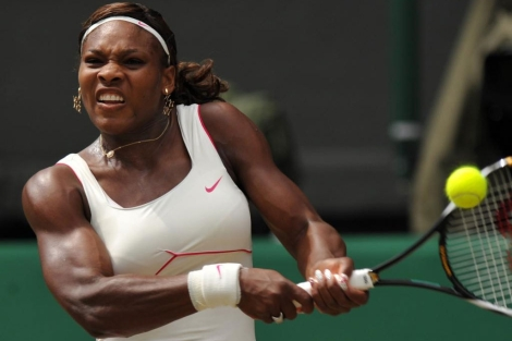 Williams, en un partido de Wimbledon, en 2010 (Foto: AFP).
