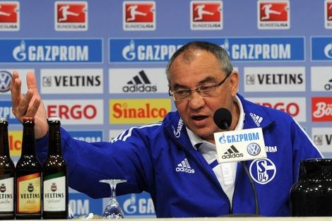 Felix Magath, en una rueda de prensa. (EFE)