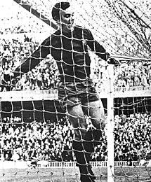 Zaldúa celebra el gol del triunfo en 1968.