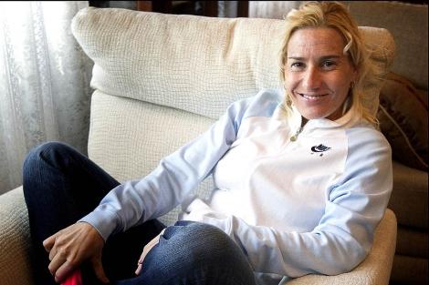 La atleta Marta Domínguez, en su domicilio de Palencia.   Alberto Cuellar