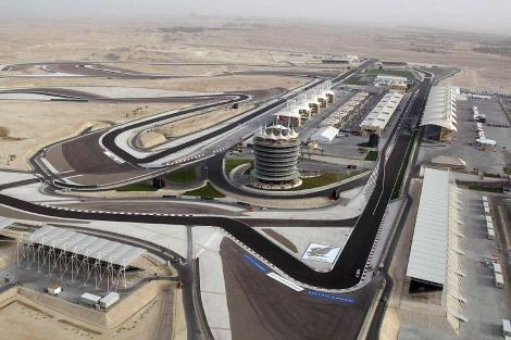 Vista aérea del circuito de automovilismo de Bahrein en Sakhir.   Efe