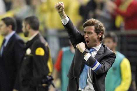 Andre Villas-Boas, durante el partido Villareal-Oporto de la UEFA Europa League.   (AP)