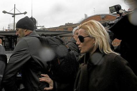 Marta Domínguez saliendo de los juzgados.   El Mundo