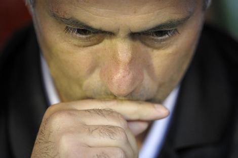 José Mourinho, en el banquillo de El Sardinero. | AFP