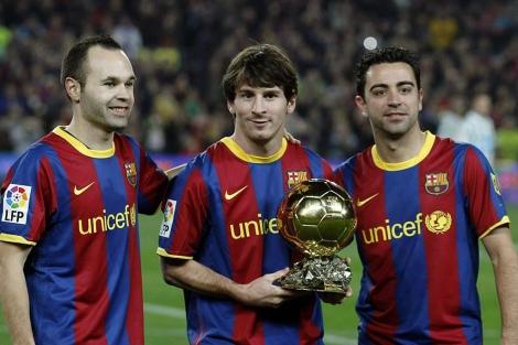 Iniesta, Messi y Xavi, finalistas en la edición de 2010. | Reuters