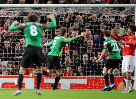 Llorente celebra su gol en Old Trafford, el que empató el duelo (1-1). | Efe