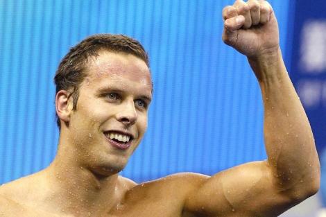 Dale Oen, tras ganar el oro de 100 braza en los Mundiales de Shanghai, en 2011, (AFP)