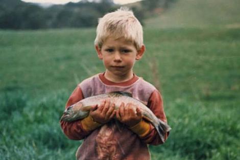 Casey Stoner, un fanático de la pesca desde pequeñito.