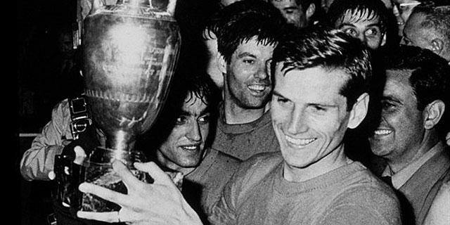 Giacinto Facchetti, con el título de 1968.