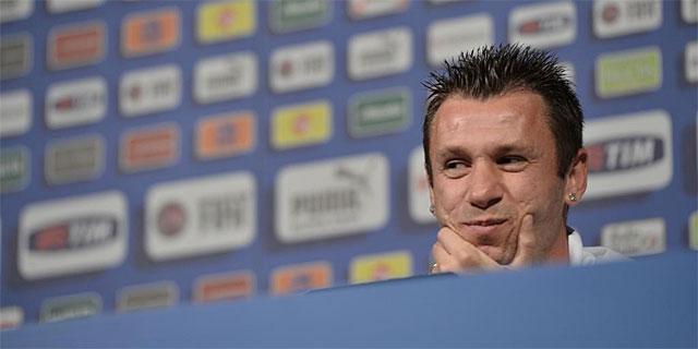 Cassano, en rueda de prensa. | Afp