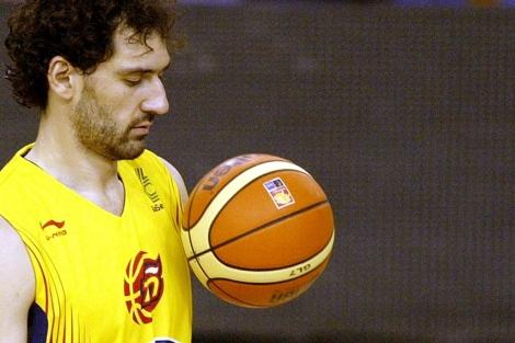 Jorge Garbajosa, en un entrenamiento con la selección española. |AFP
